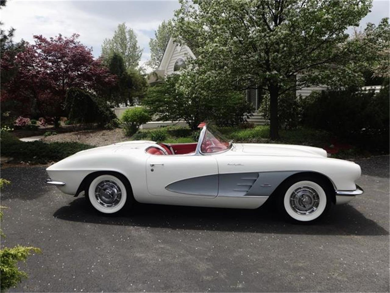 Large Picture of '61 Chevrolet Corvette located in Pennsylvania Offered by Coffee's Sports and Classics - FBYK