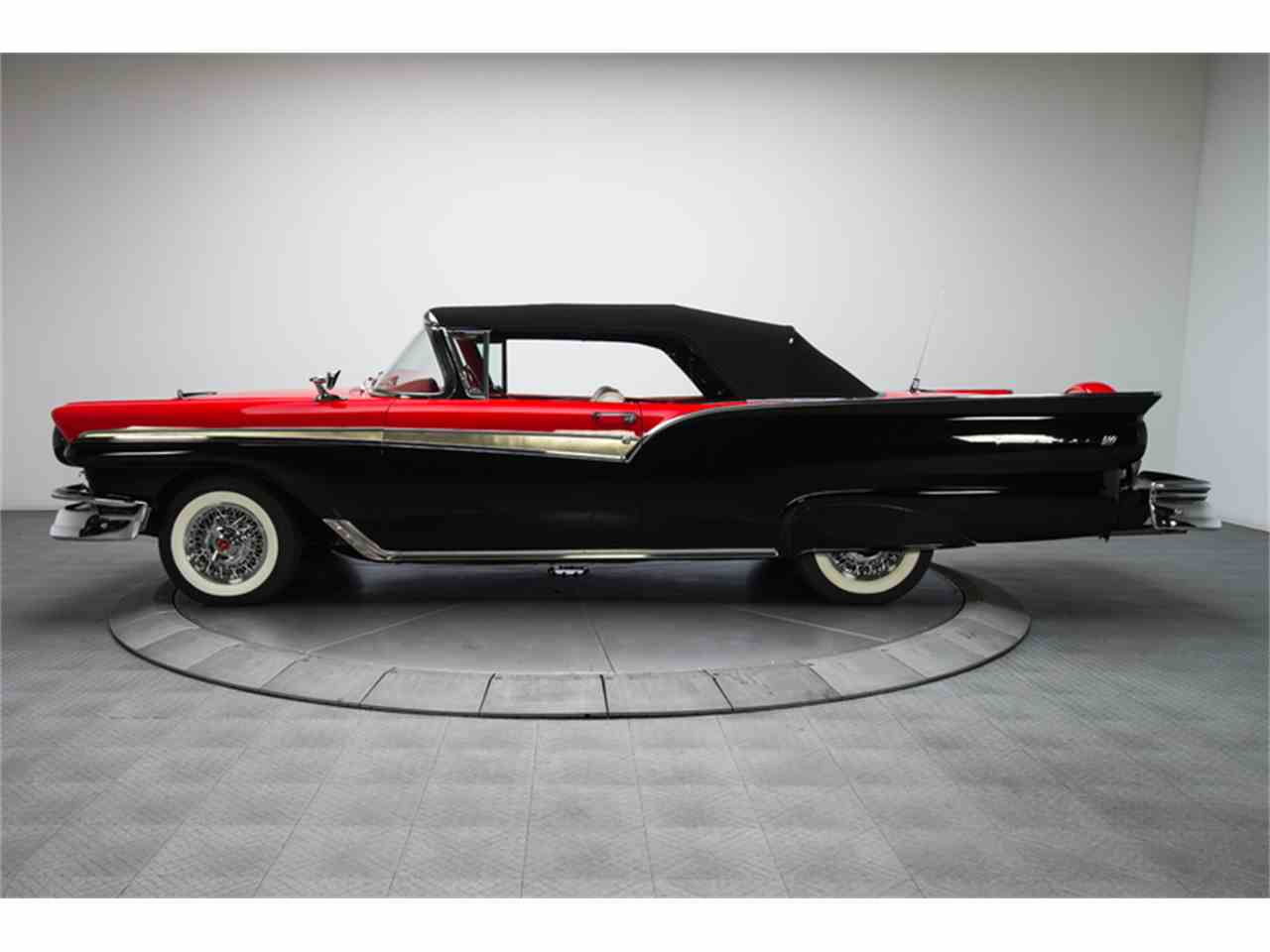 Large Picture of Classic 1957 Ford Fairlane 500 located in North Carolina - $94,900.00 - FC0Y