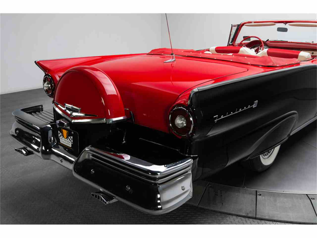 Large Picture of 1957 Ford Fairlane 500 - FC0Y