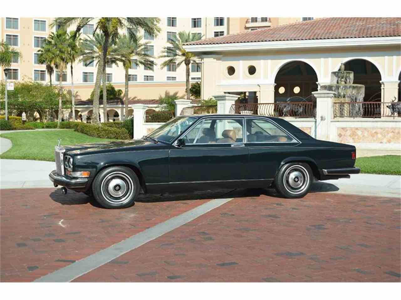 Large Picture of 1976 Rolls-Royce Corniche - F89V