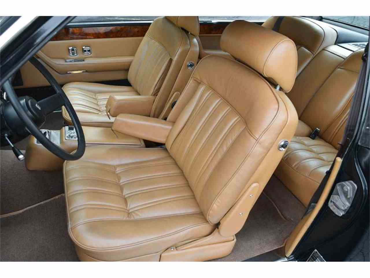 Large Picture of '76 Rolls-Royce Corniche - F89V
