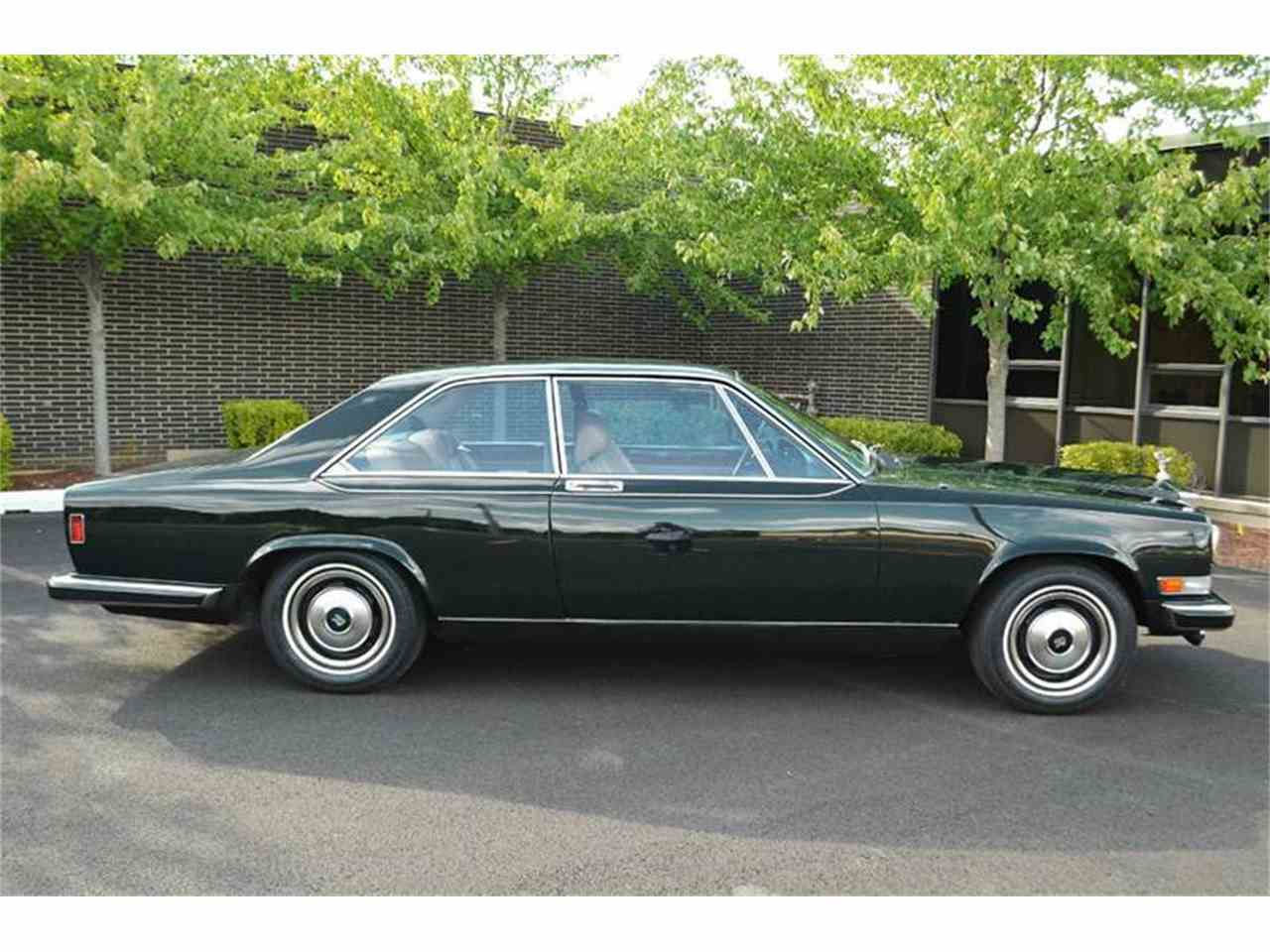 Large Picture of 1976 Rolls-Royce Corniche located in Carey Illinois Offered by Park-Ward Motors - F89V