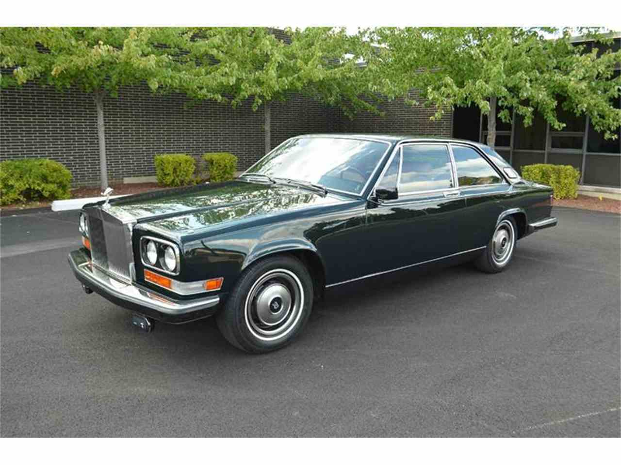 Large Picture of '76 Rolls-Royce Corniche - $99,000.00 - F89V
