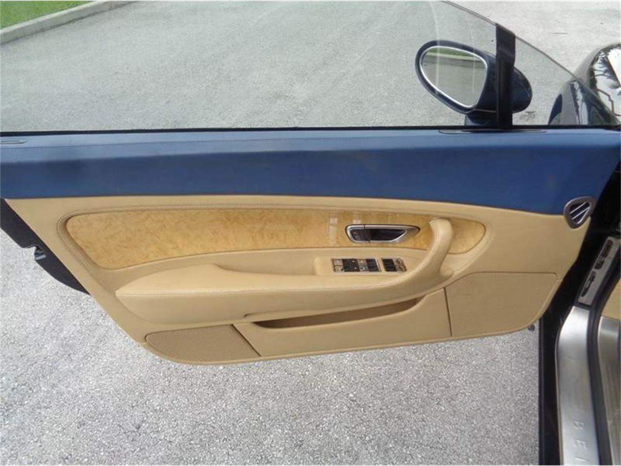 Large Picture of '05 Continental - F8A9