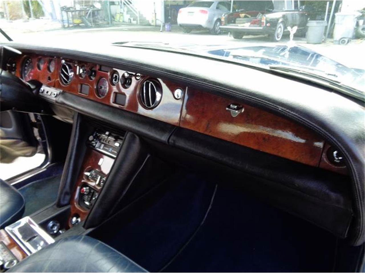 Large Picture of 1975 Rolls-Royce Silver Shadow - FCET