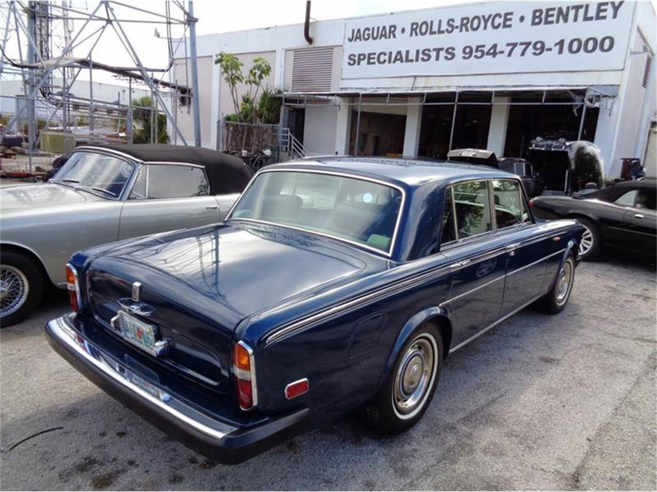 Large Picture of '75 Silver Shadow Offered by Prestigious Euro Cars - FCET