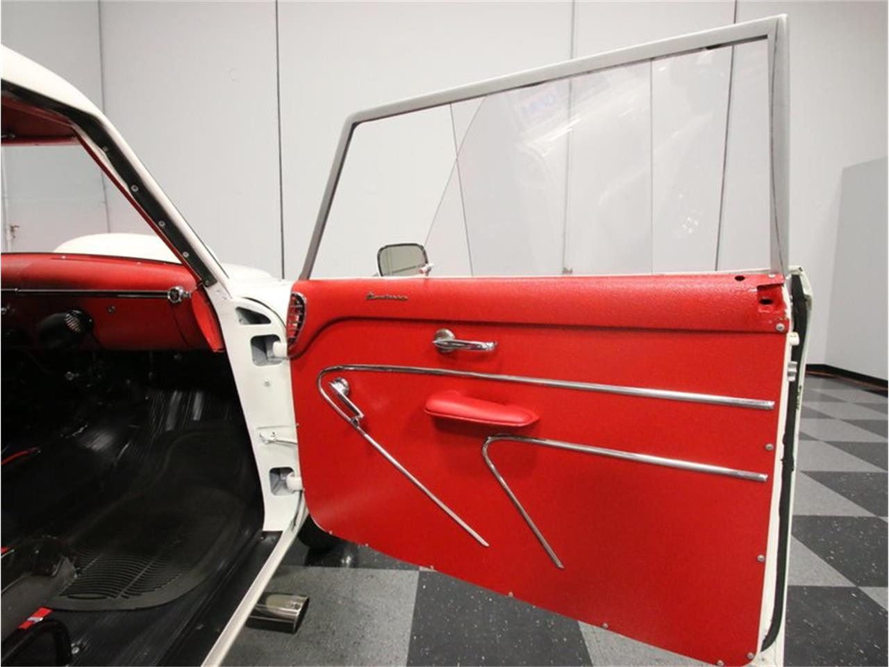 Large Picture of Classic '54 Monterey Offered by Streetside Classics - Atlanta - FCEW
