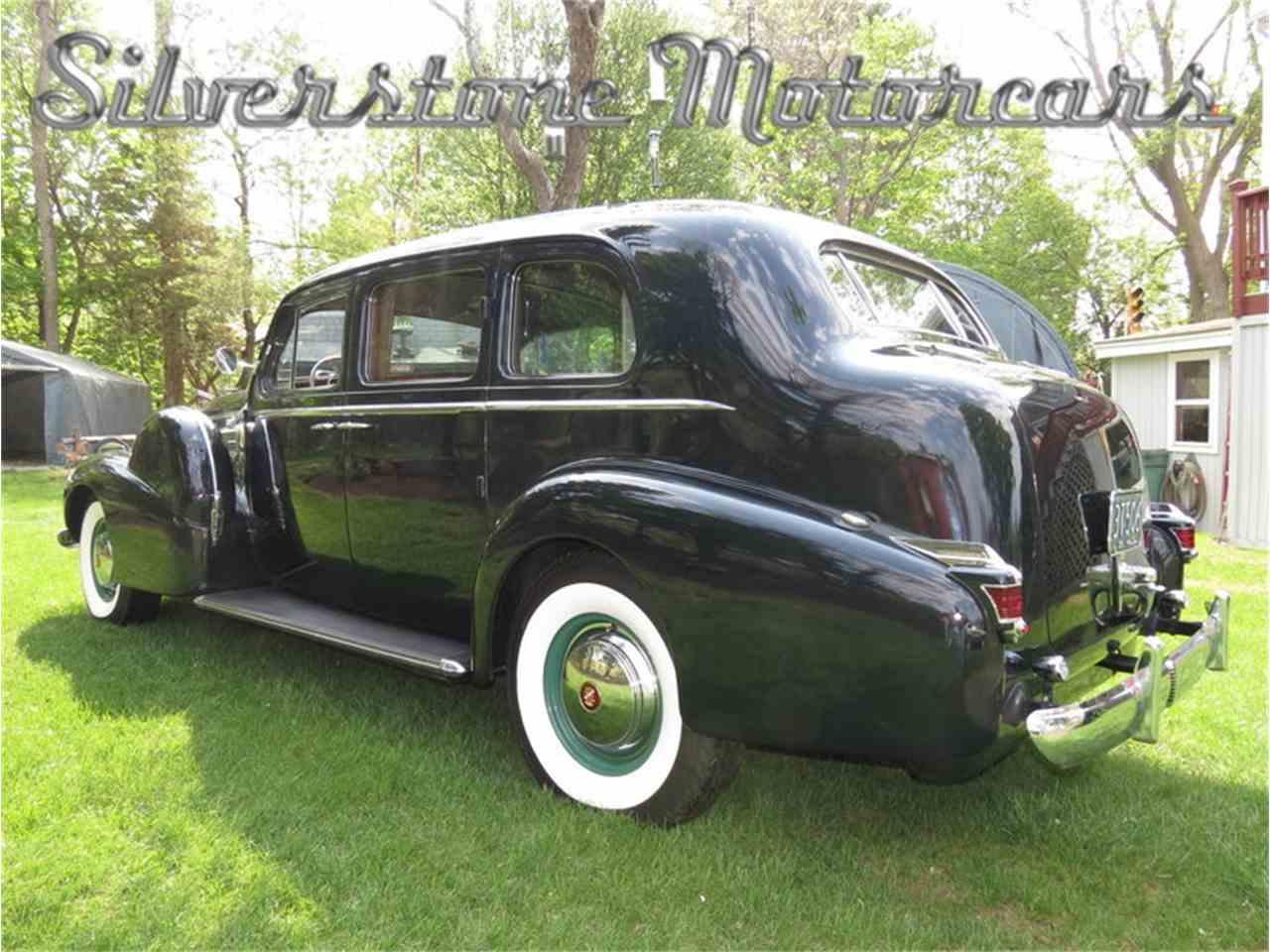 Large Picture of Classic 1939 Fleetwood - F8HI