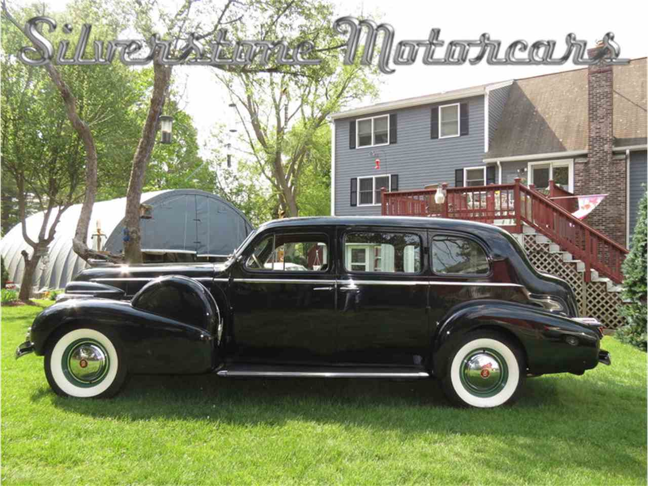 Large Picture of 1939 Cadillac Fleetwood Offered by Silverstone Motorcars - F8HI