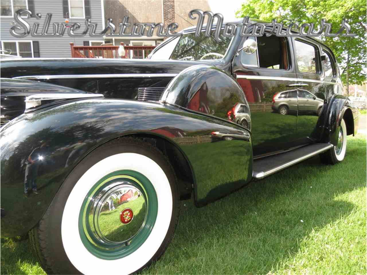 Large Picture of Classic 1939 Cadillac Fleetwood Auction Vehicle Offered by Silverstone Motorcars - F8HI