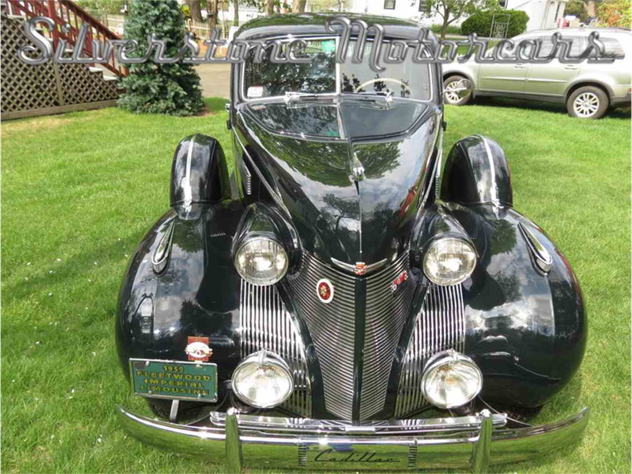 Large Picture of '39 Fleetwood Auction Vehicle Offered by Silverstone Motorcars - F8HI