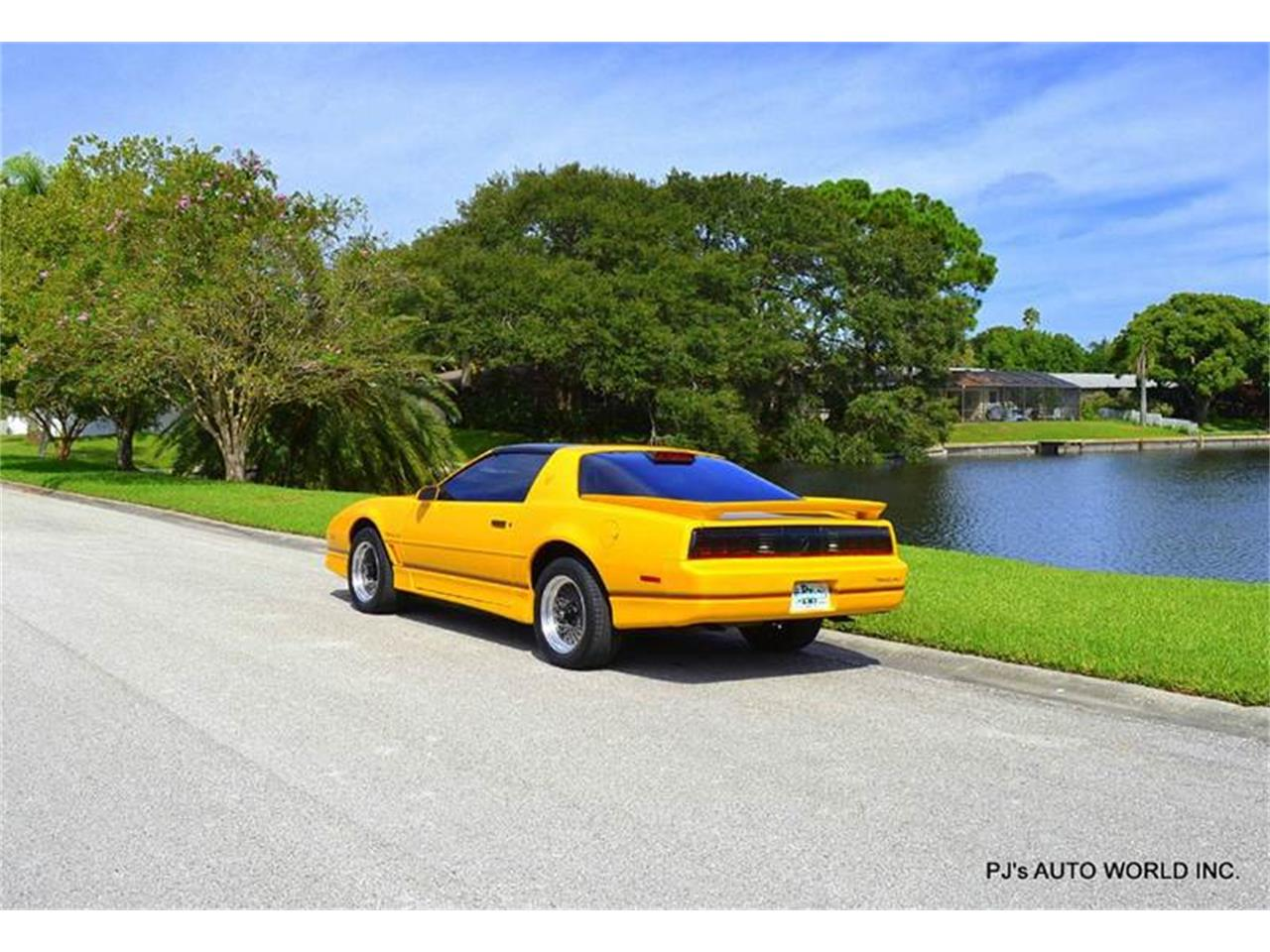Large Picture of '86 Firebird - $13,900.00 Offered by PJ's Auto World - FF1Q