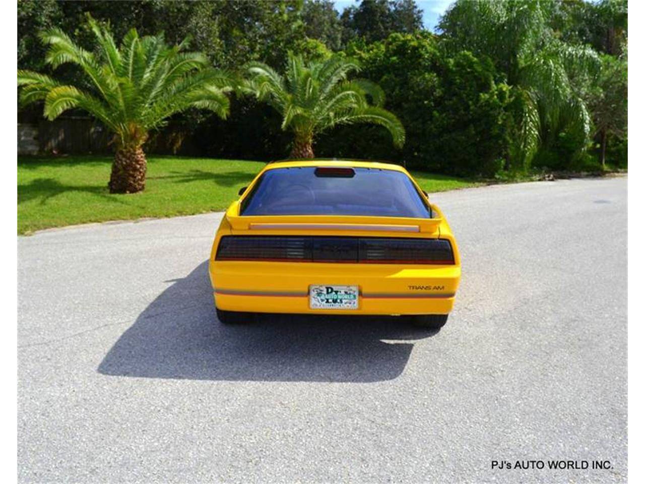 Large Picture of '86 Pontiac Firebird located in Clearwater Florida - FF1Q