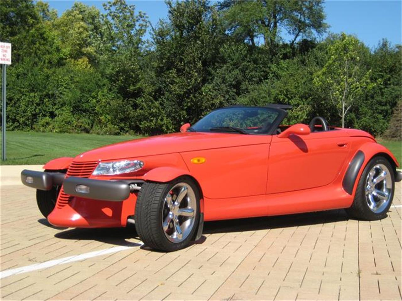 Large Picture of '99 Plymouth Prowler located in Geneva Illinois Offered by Classic Auto Haus - FF2G
