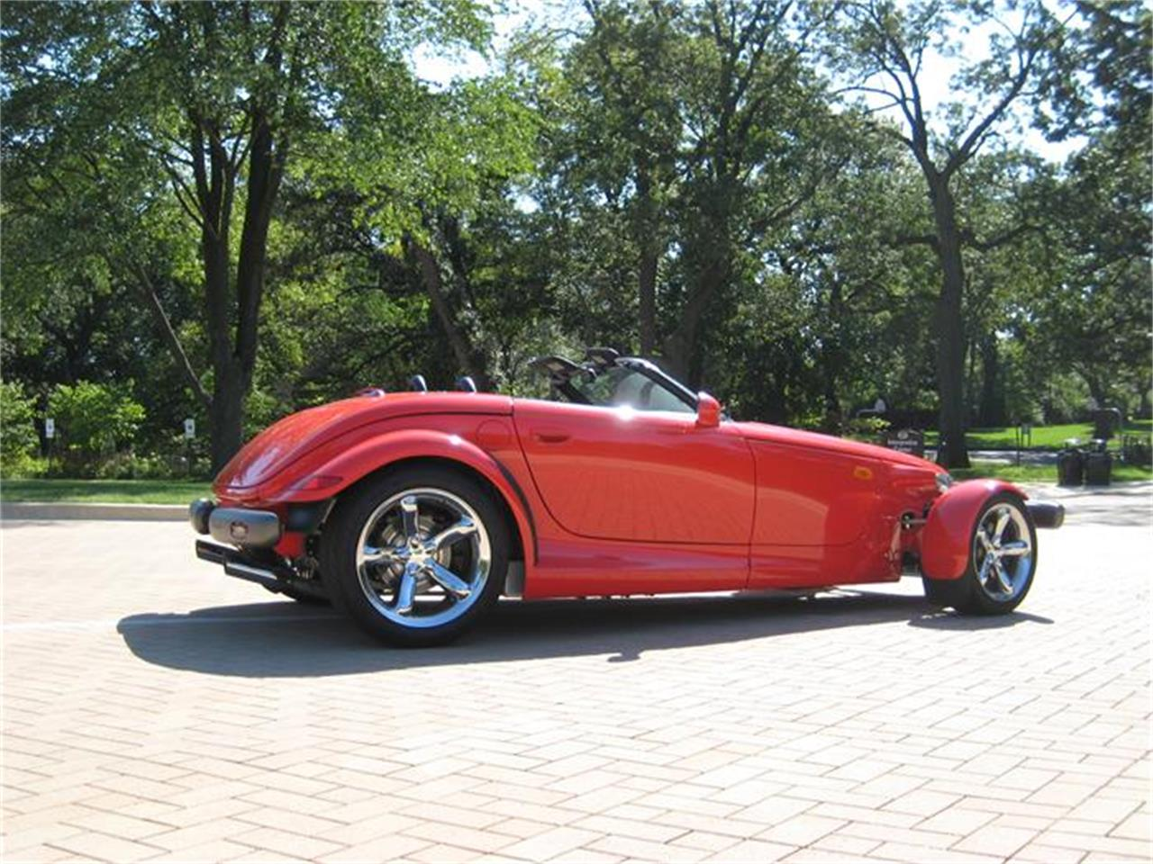 Large Picture of '99 Plymouth Prowler located in Illinois - $39,995.00 - FF2G