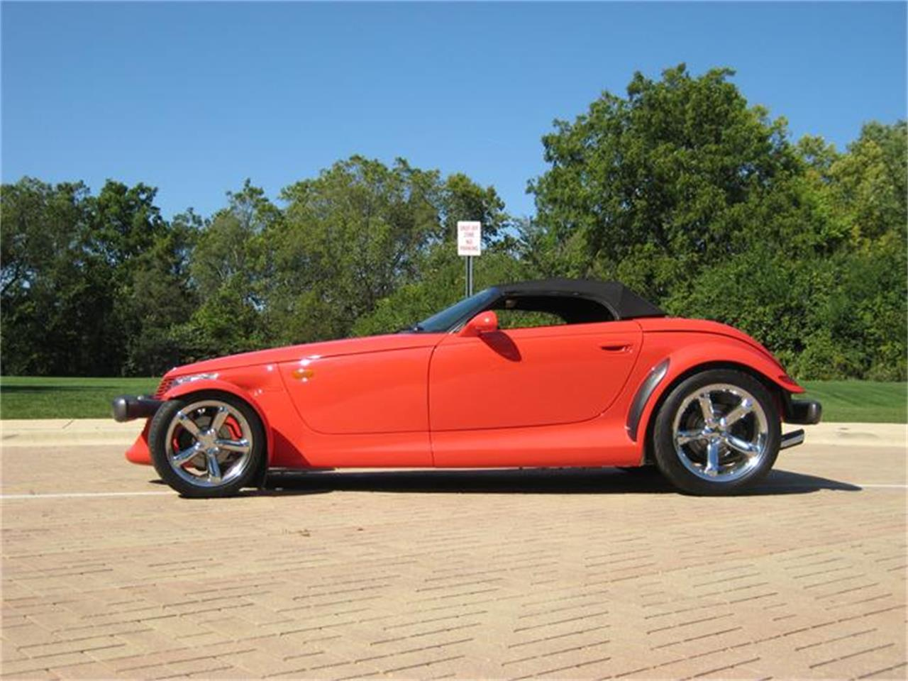 Large Picture of 1999 Plymouth Prowler located in Illinois Offered by Classic Auto Haus - FF2G