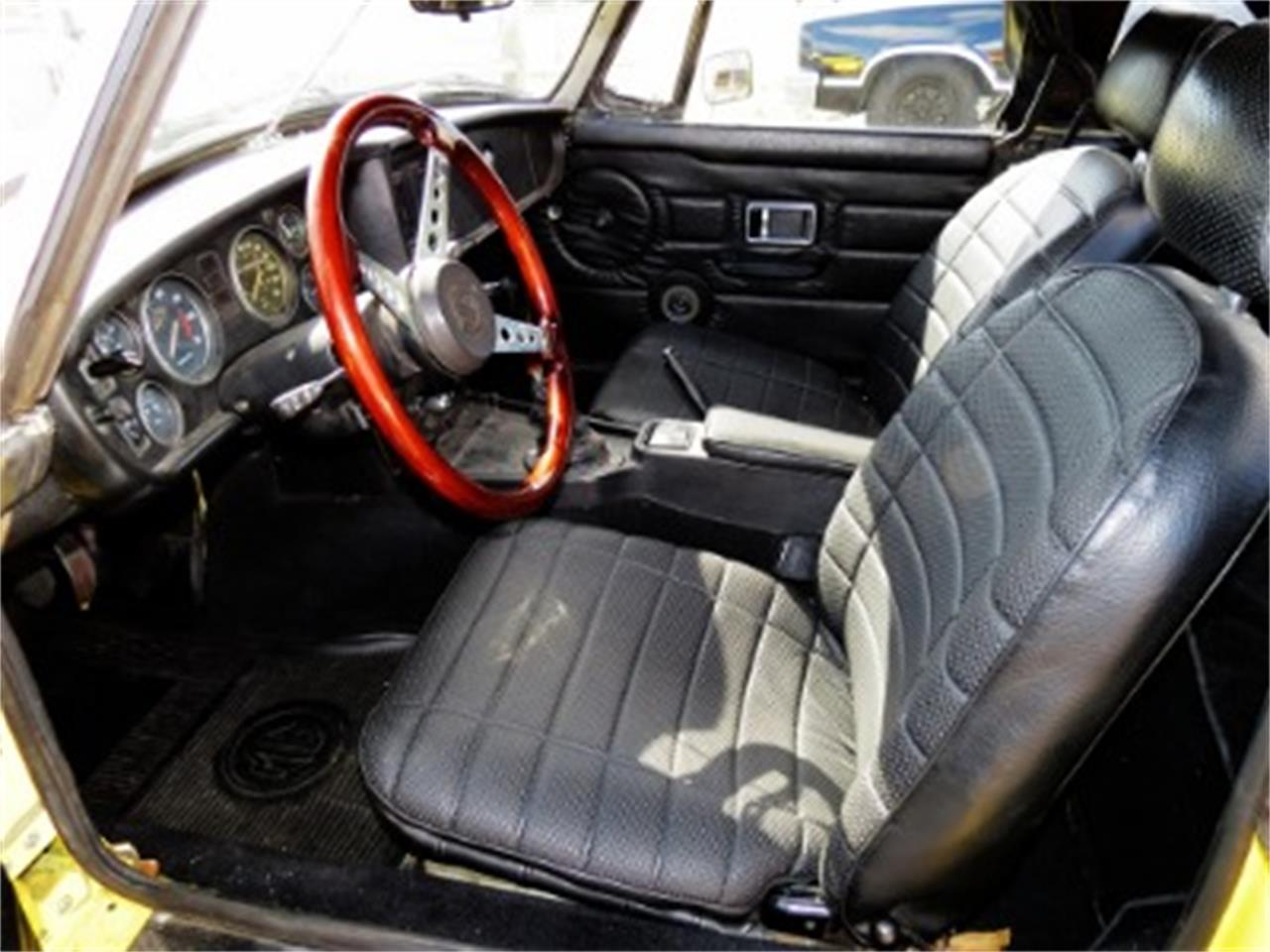 Large Picture of '77 MG MGB located in Florida - $12,500.00 - FGMU