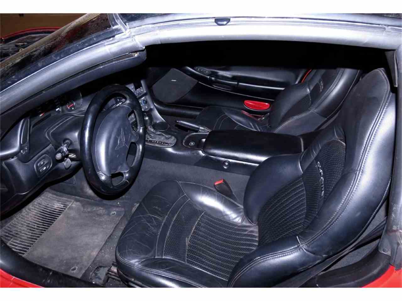 Large Picture of 1998 Chevrolet Corvette located in Dayton Ohio Offered by Gem City Classic Autos - FHW7