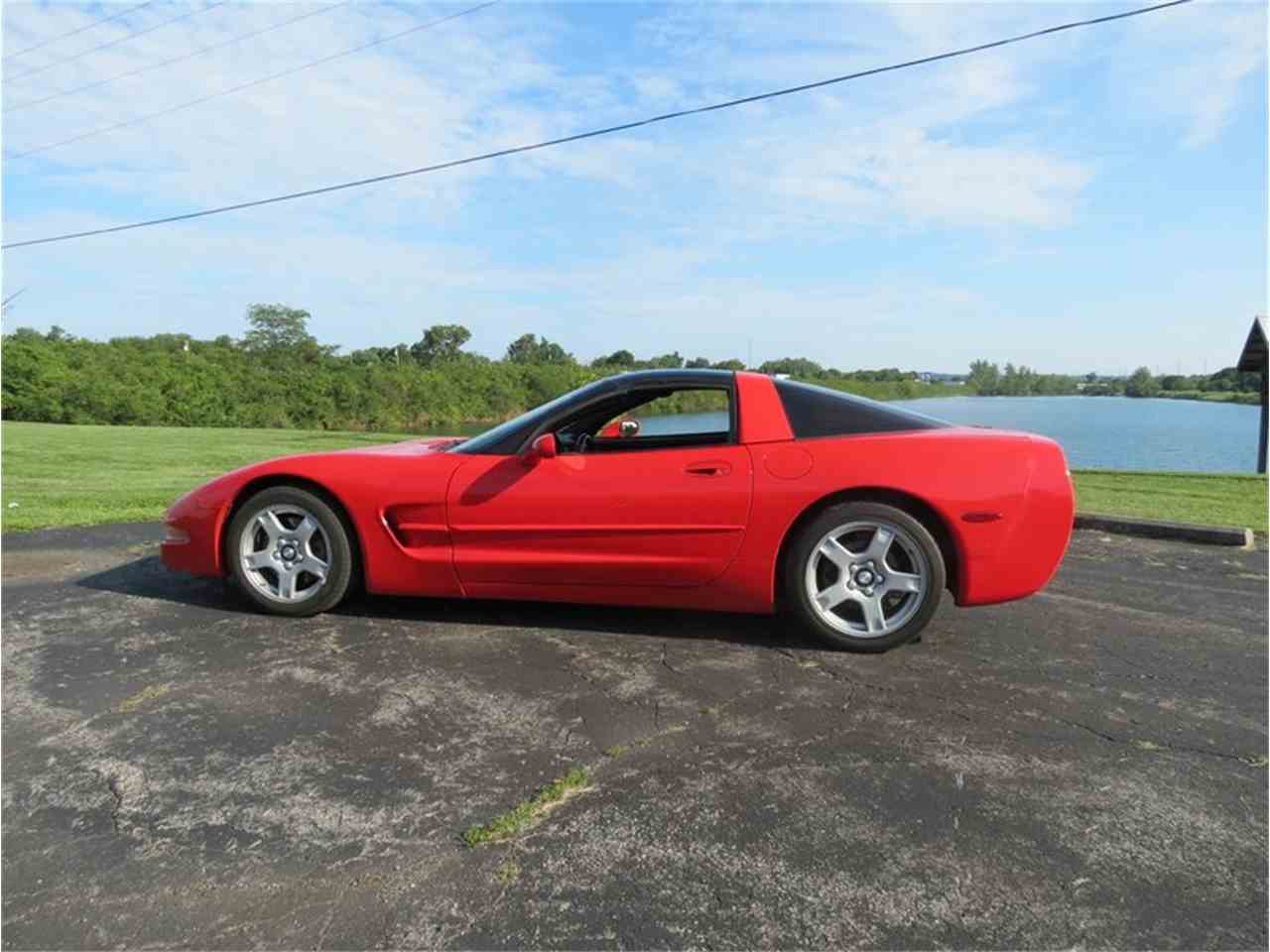 Large Picture of 1998 Corvette - FHW7