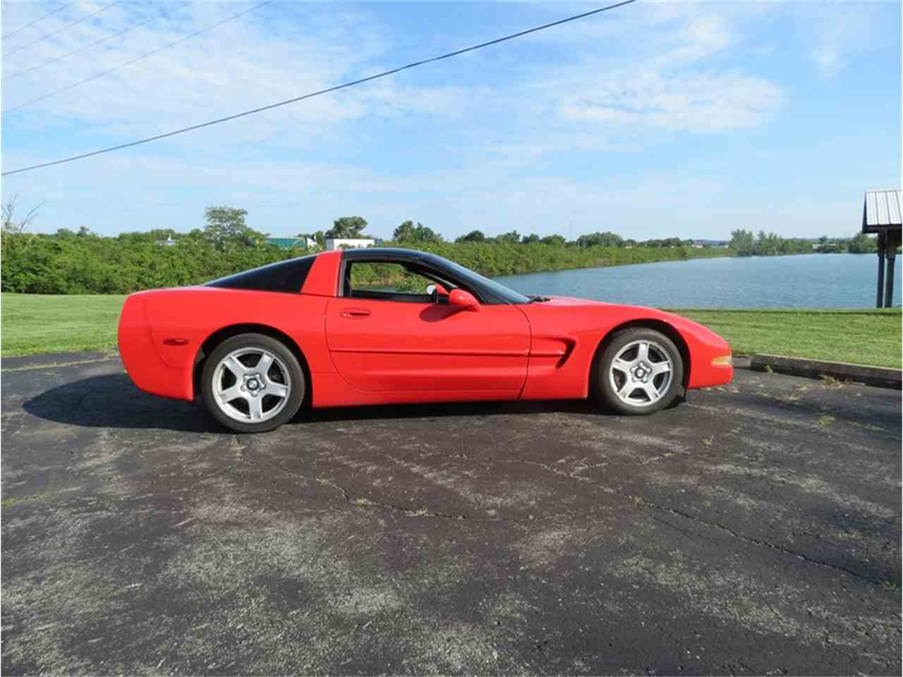Large Picture of '98 Chevrolet Corvette - $12,000.00 Offered by Gem City Classic Autos - FHW7
