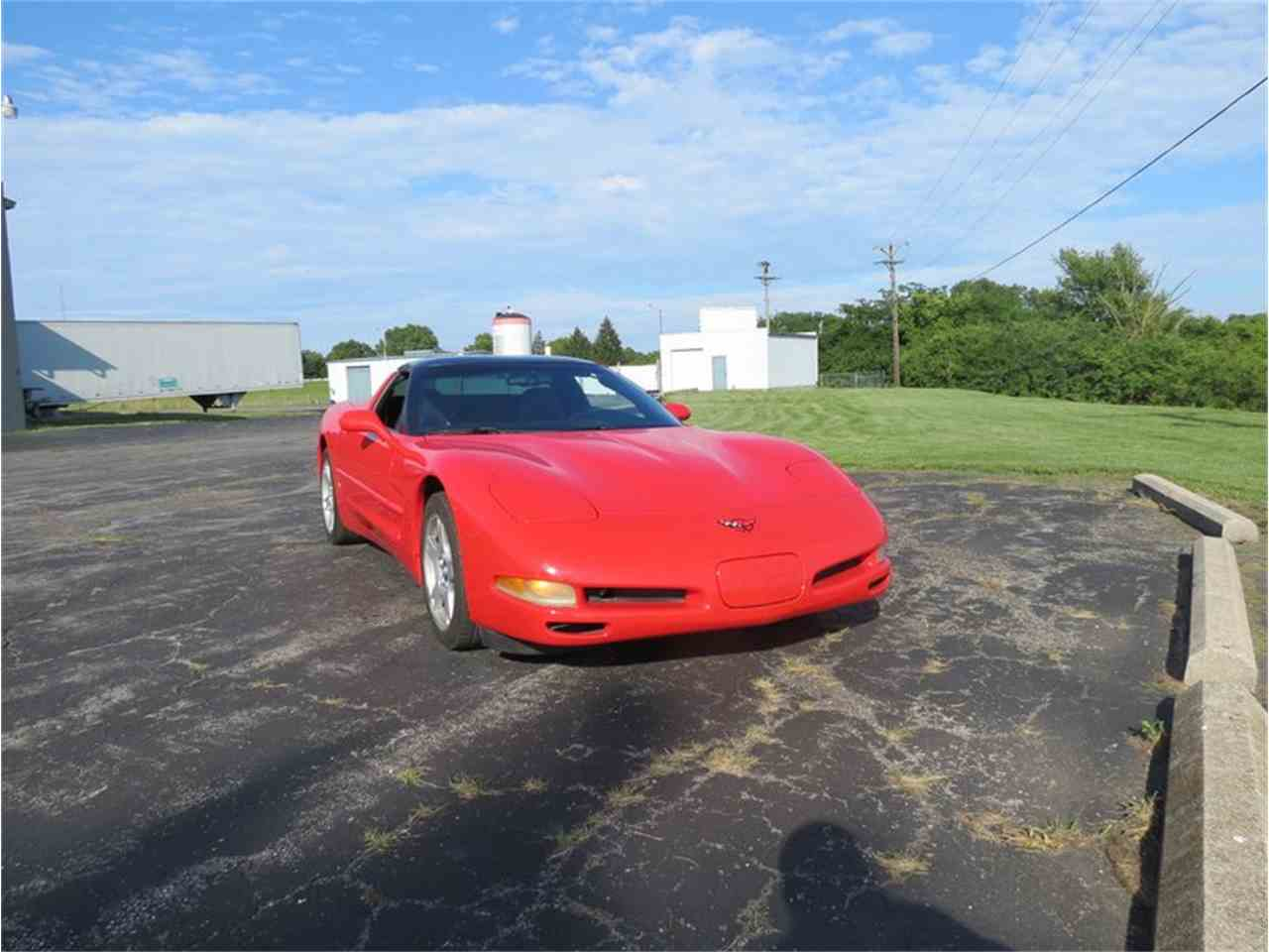 Large Picture of '98 Chevrolet Corvette located in Dayton Ohio - $12,000.00 - FHW7