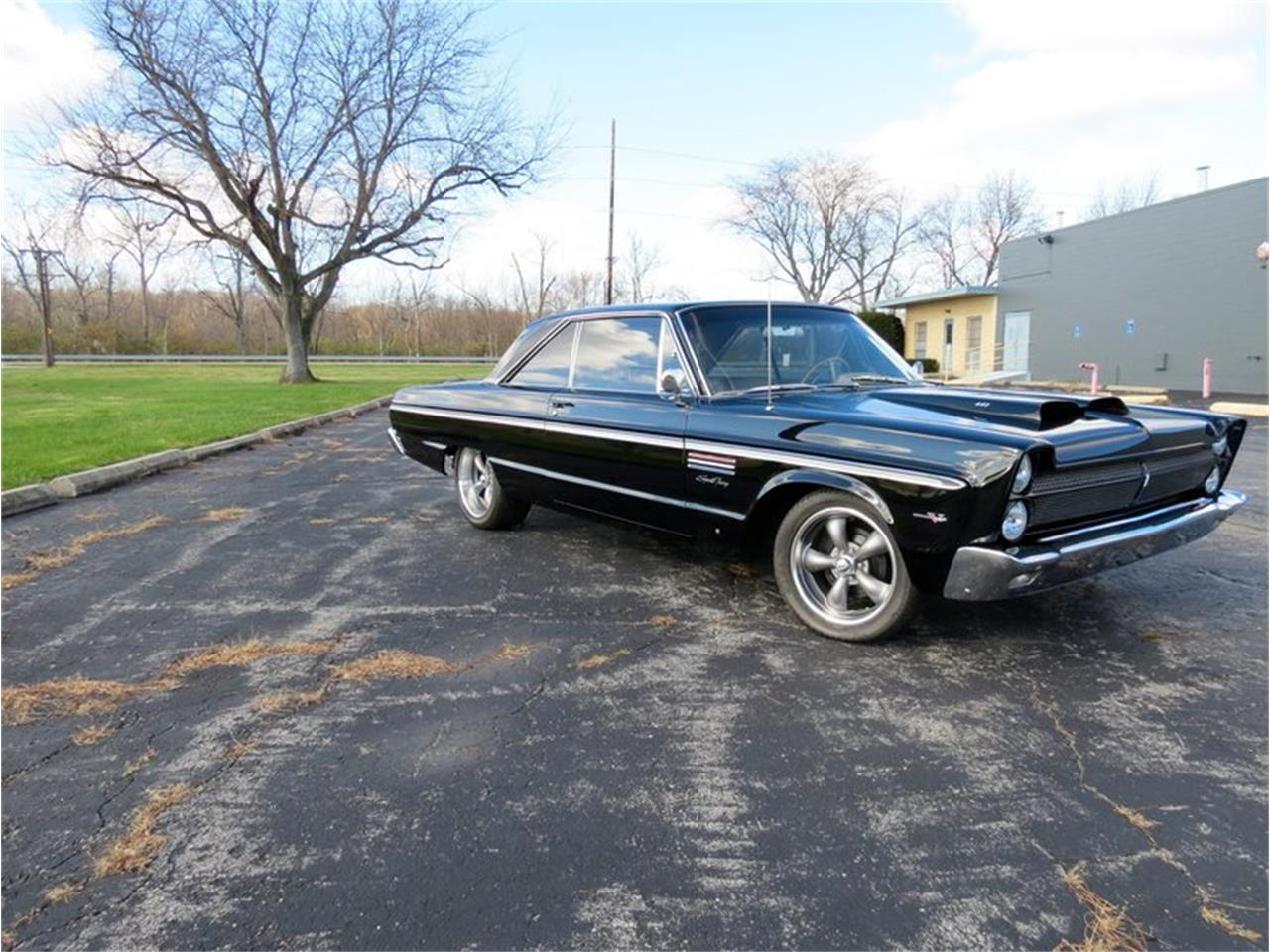 Large Picture of Classic 1965 Sport Fury located in Dayton Ohio - FHWO