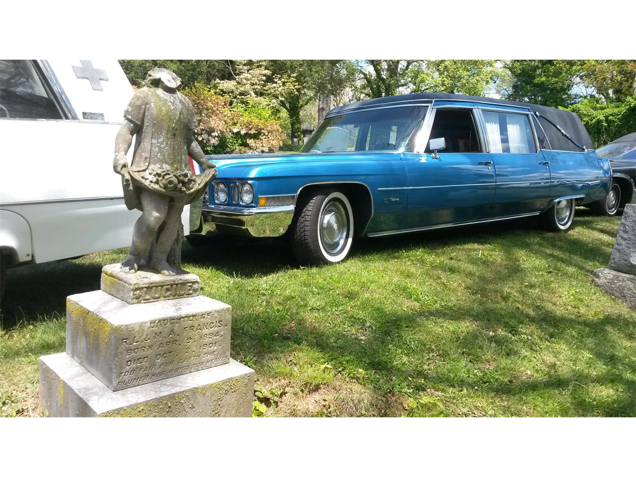 Large Picture of Classic 1972 Hearse located in California - FJJH