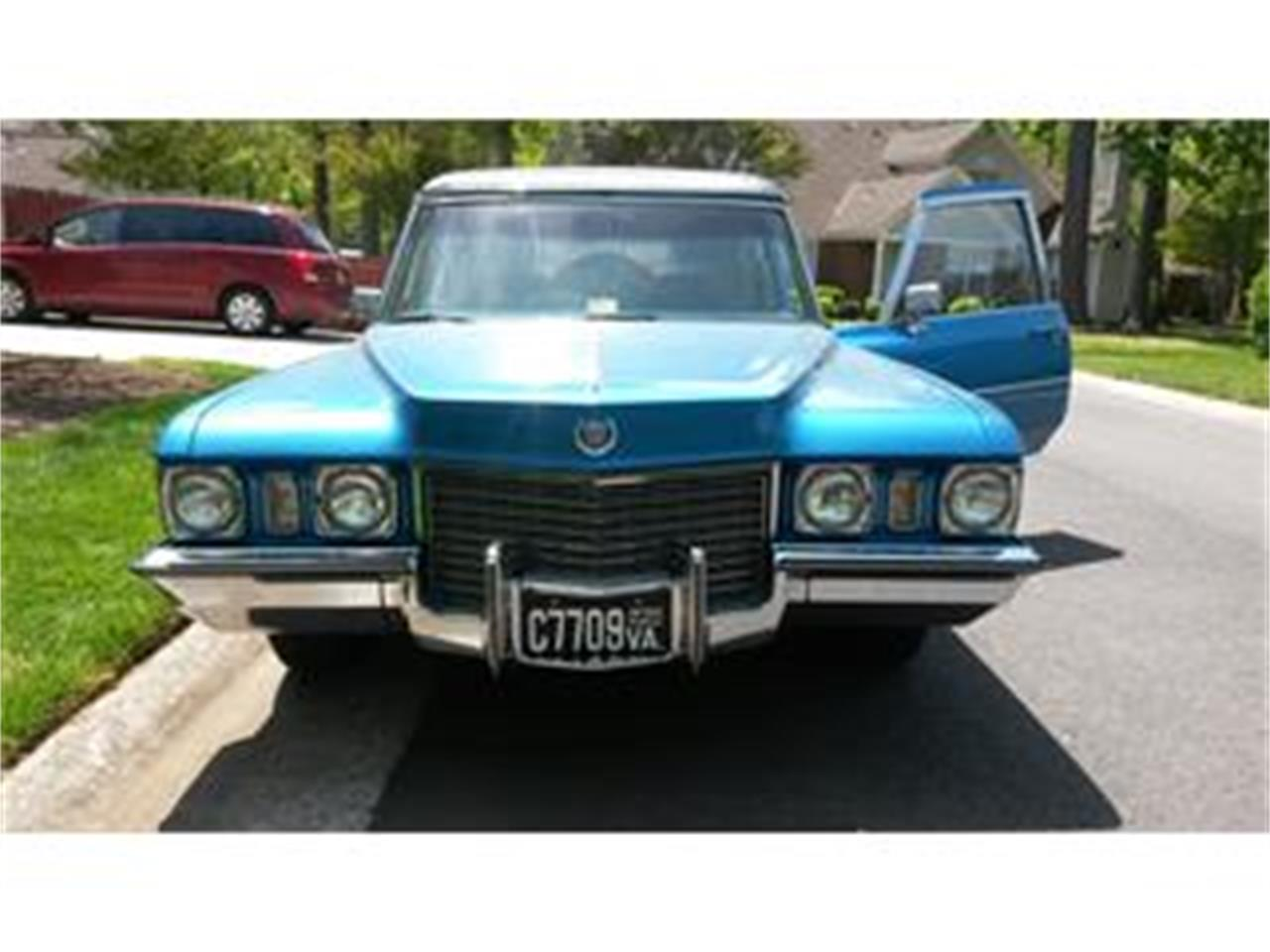 Large Picture of Classic '72 Cadillac Hearse - FJJH