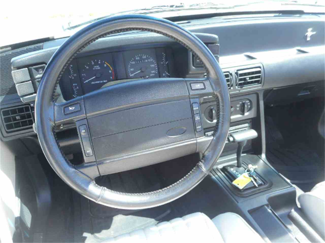 Large Picture of '93 Mustang - FJNO