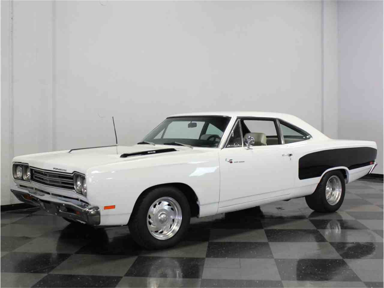 Large Picture of '69 Road Runner - FK5A