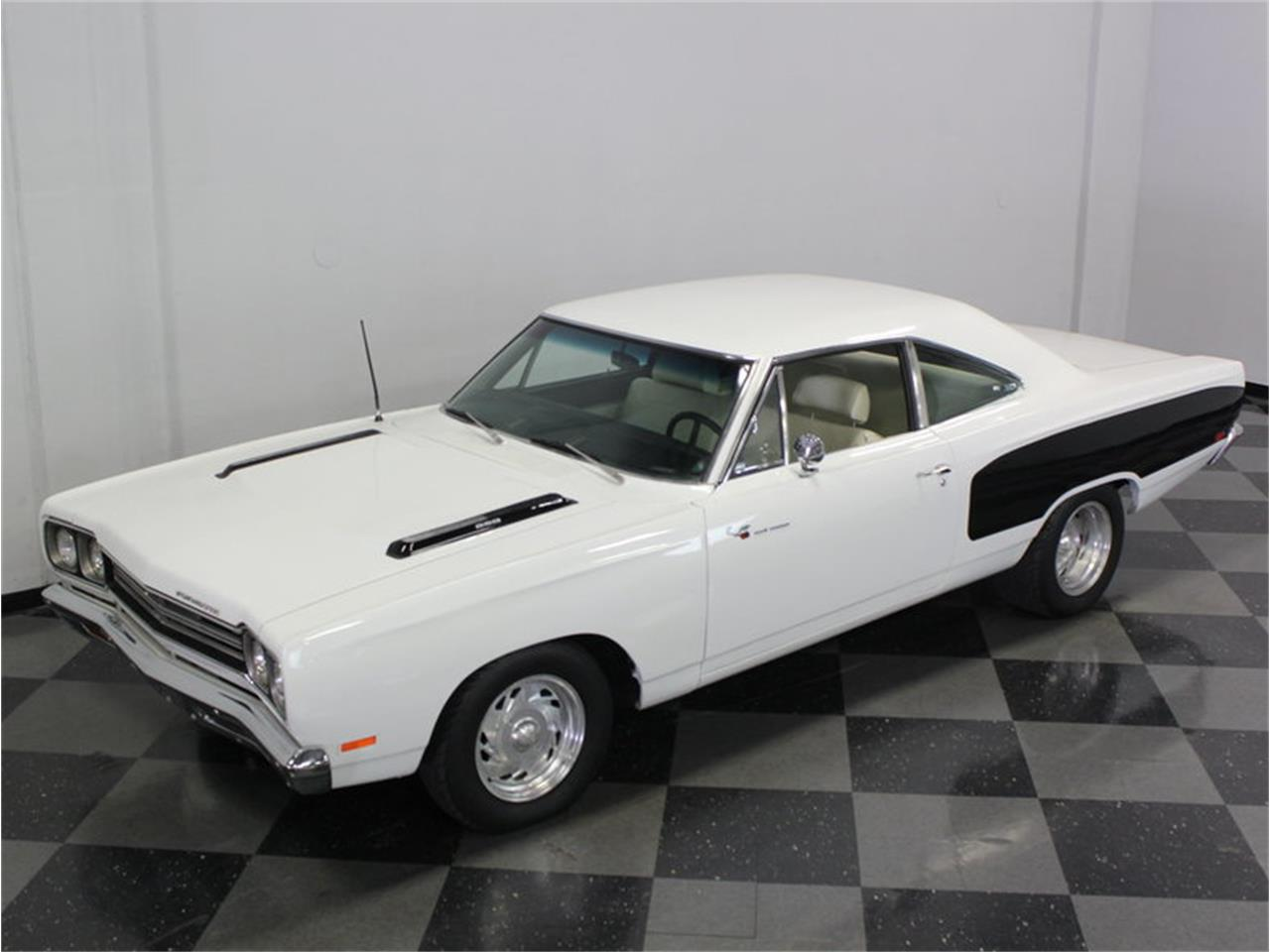 Large Picture of '69 Plymouth Road Runner located in Texas - FK5A