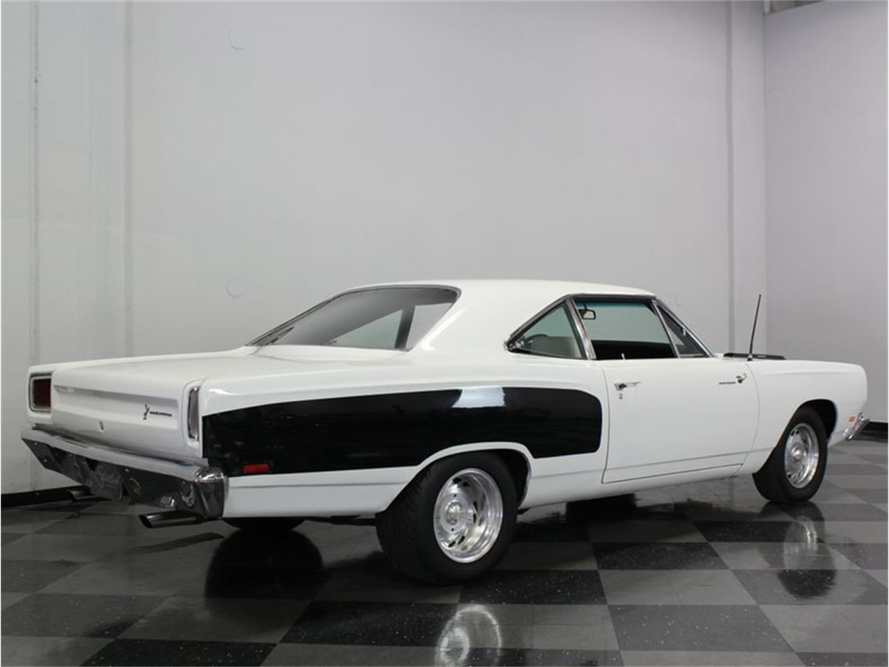 Large Picture of Classic '69 Plymouth Road Runner located in Texas Offered by Streetside Classics - Dallas / Fort Worth - FK5A