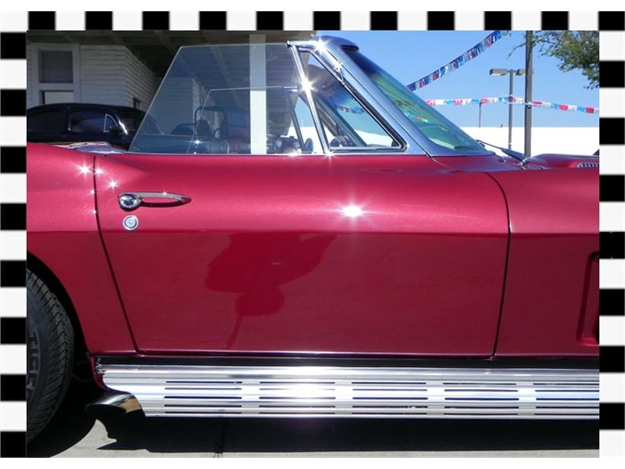Large Picture of '66 Chevrolet Corvette - FLDD
