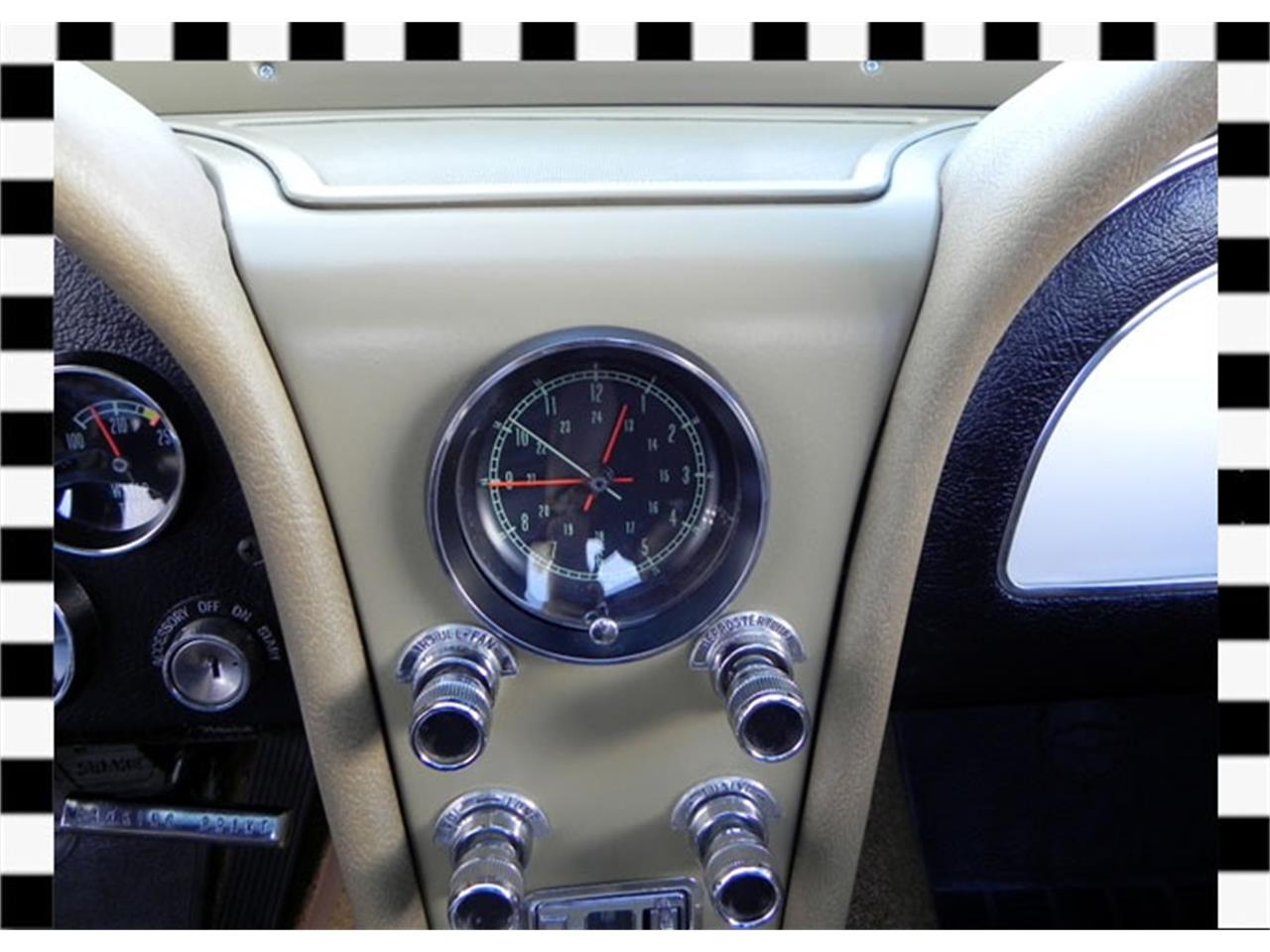 Large Picture of Classic 1966 Chevrolet Corvette located in Calgary Alberta - FLDD