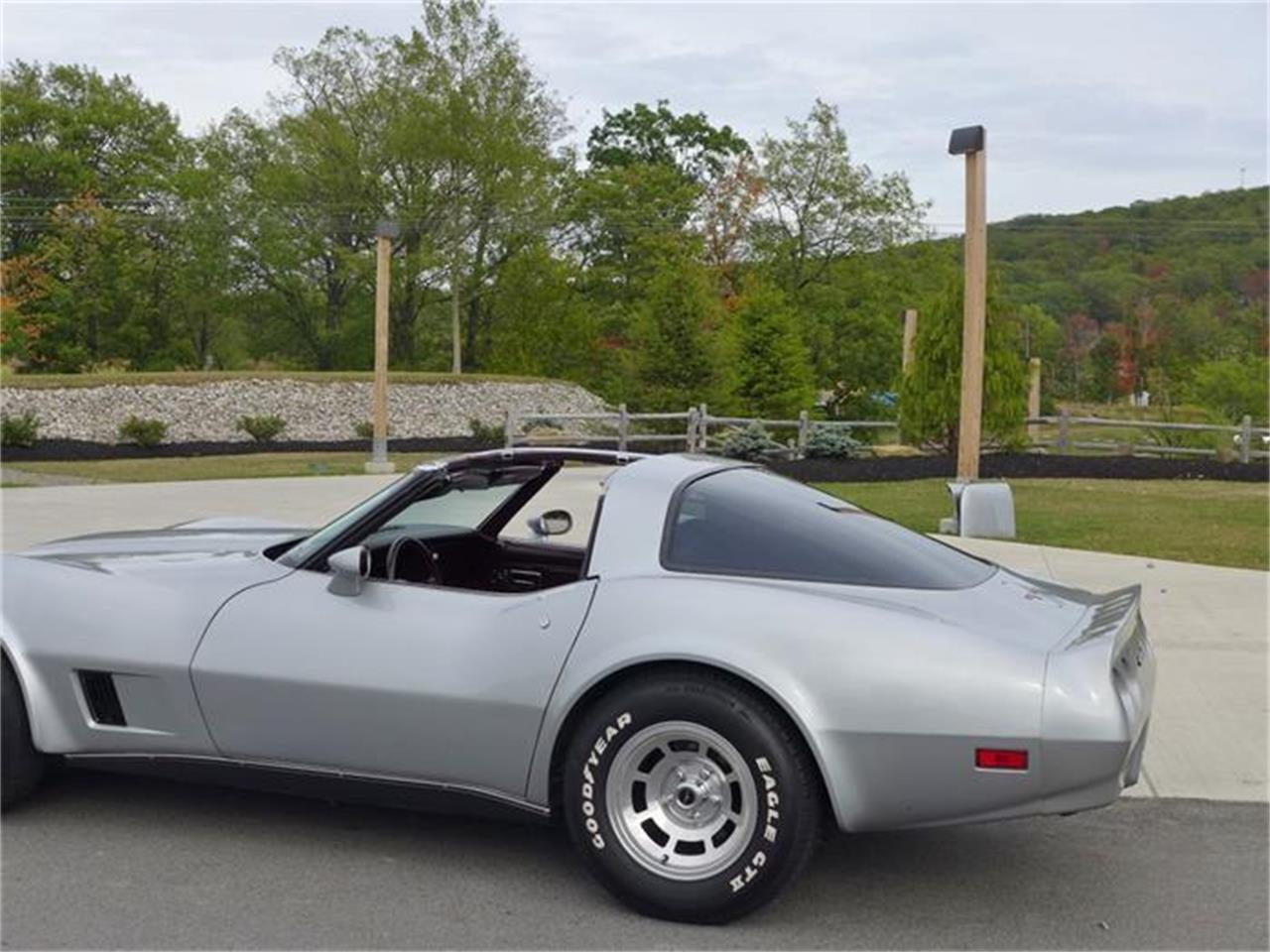 Large Picture of '80 Corvette - FLKX