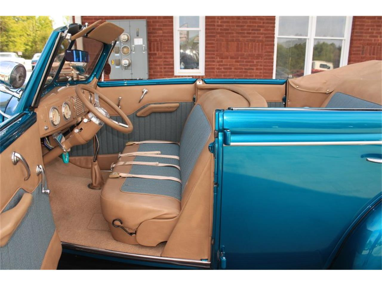 Large Picture of '39 Deluxe - $69,995.00 - FM0F