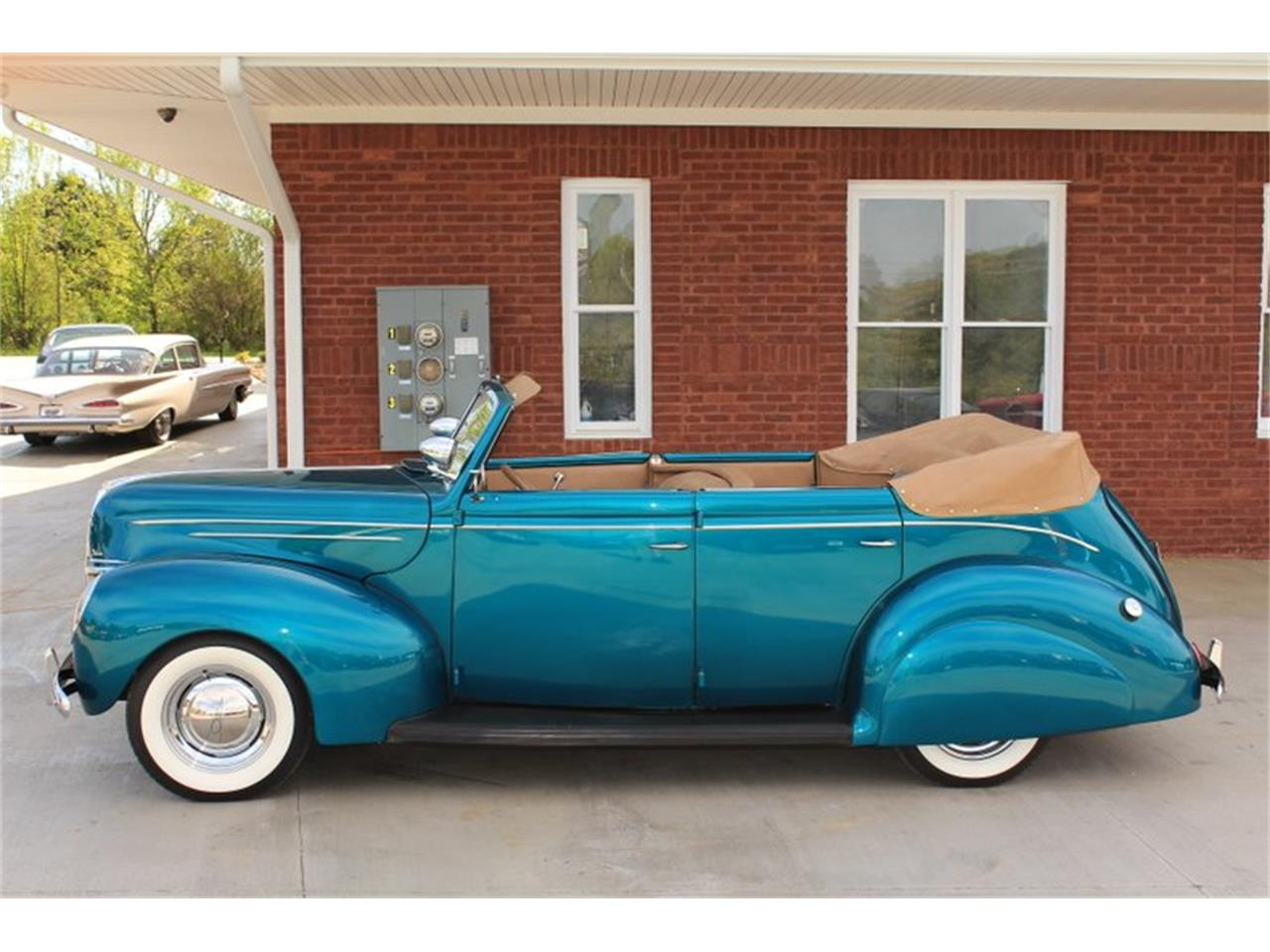 Large Picture of '39 Ford Deluxe located in Tennessee - $69,995.00 - FM0F