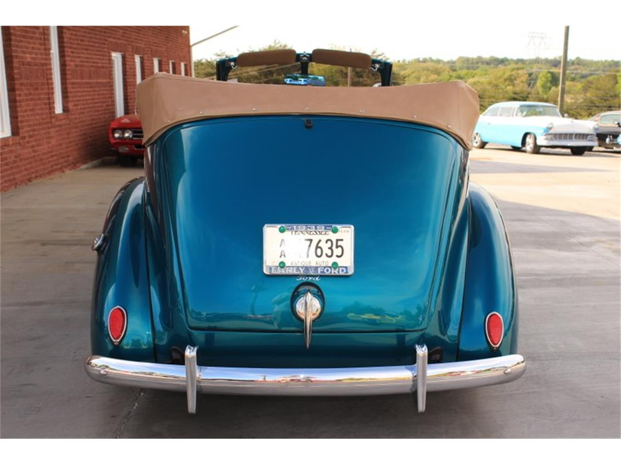 Large Picture of Classic 1939 Deluxe located in Lenoir City Tennessee - $69,995.00 Offered by Smoky Mountain Traders - FM0F
