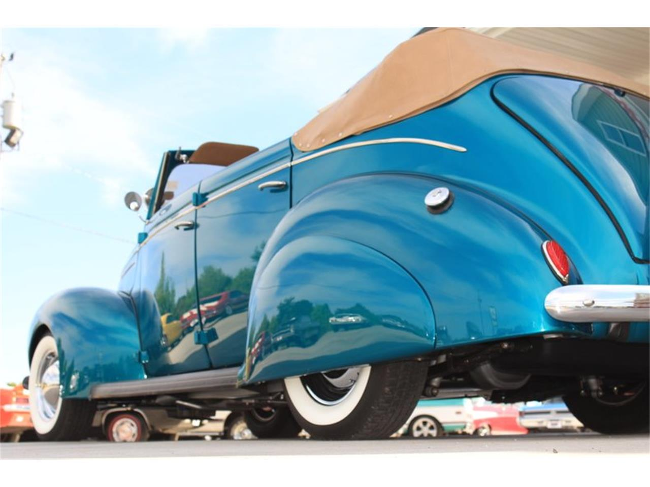 Large Picture of Classic 1939 Ford Deluxe located in Lenoir City Tennessee Offered by Smoky Mountain Traders - FM0F