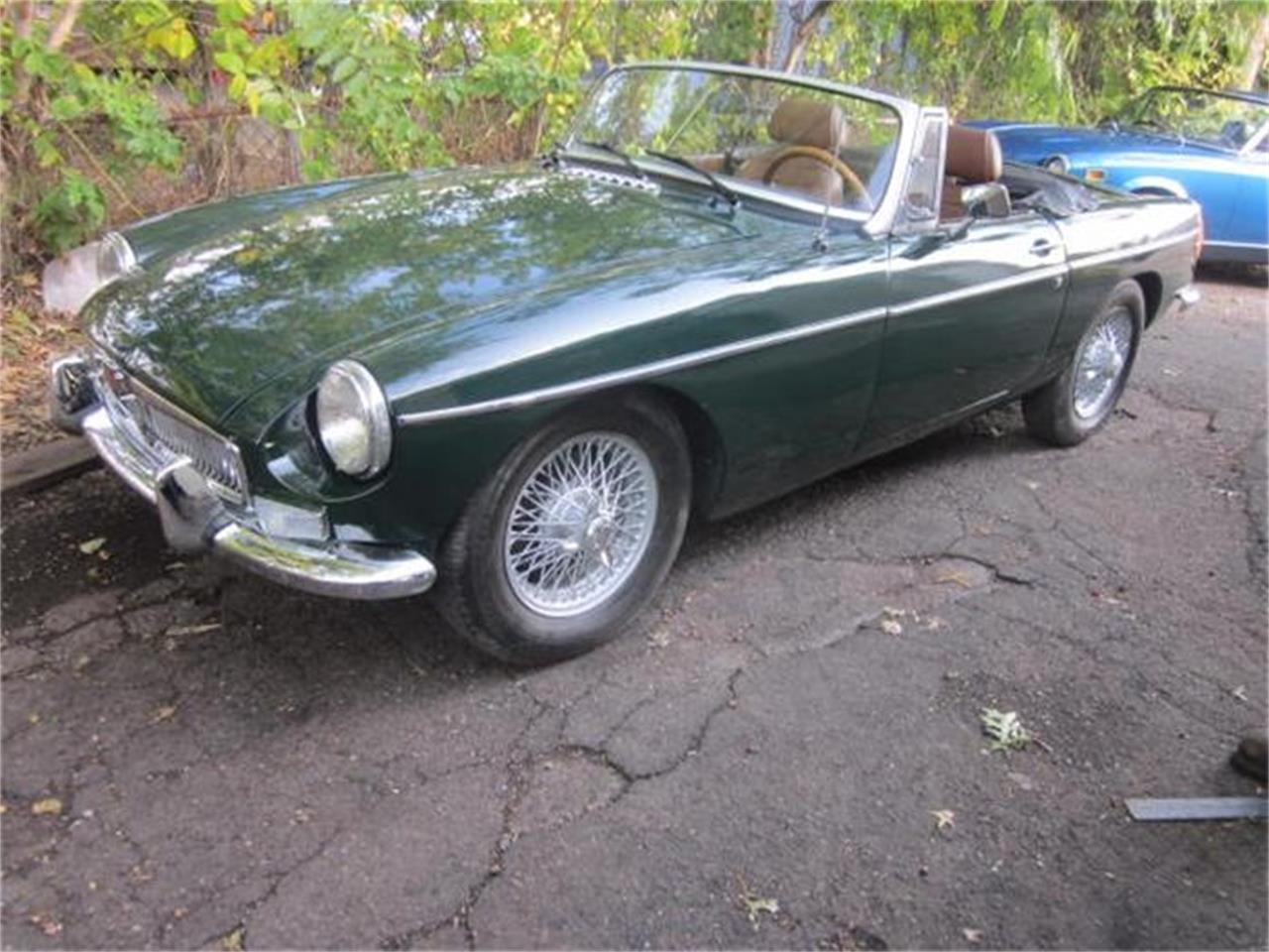 Large Picture of '79 MG MGB Offered by The New England Classic Car Co. - FM15