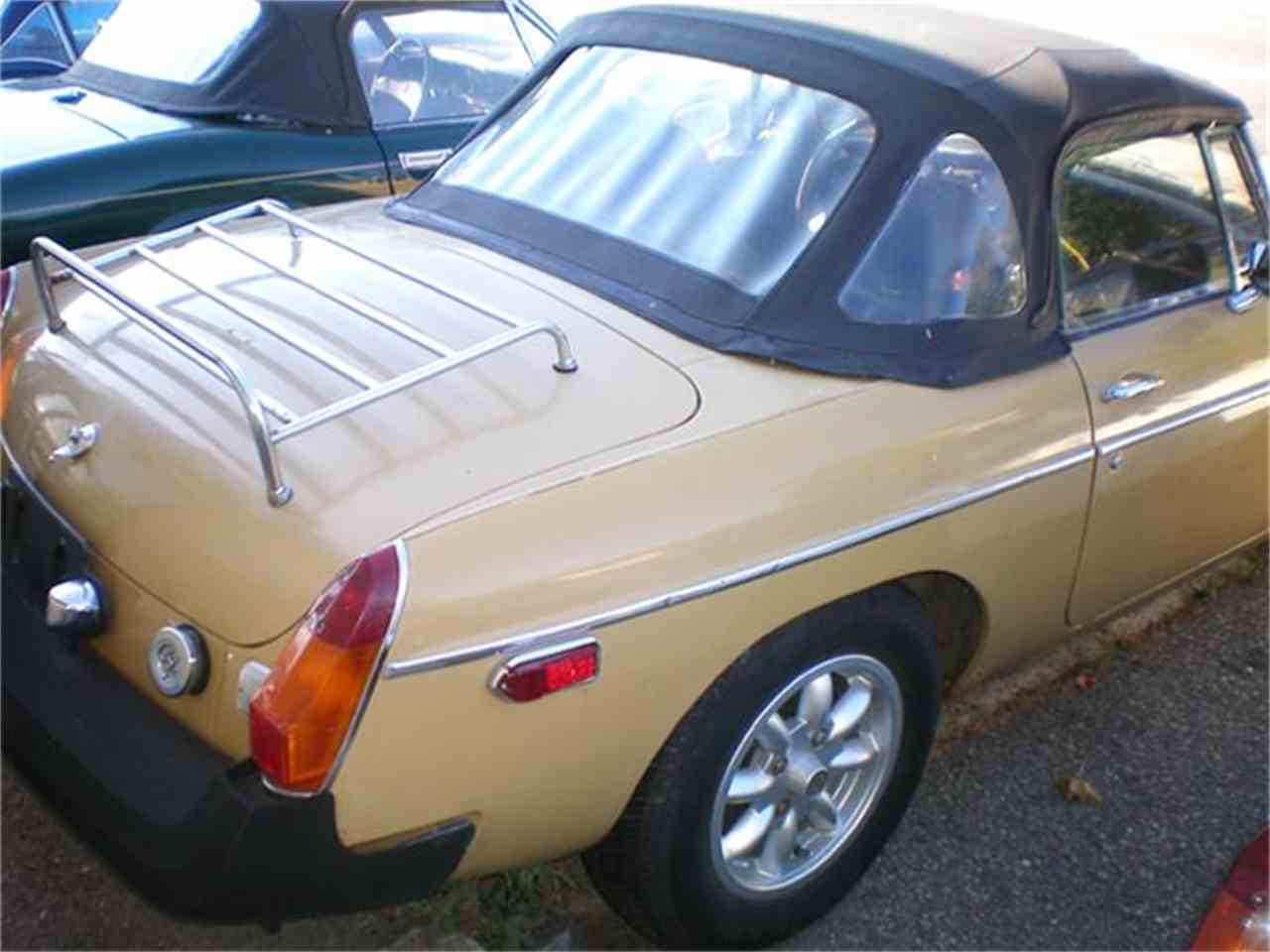 Large Picture of '75 MGB - FG85