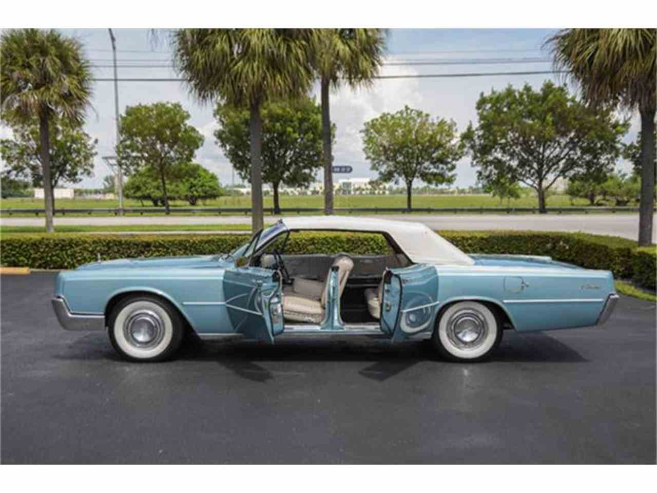 Large Picture of '67 Continental - FMZJ