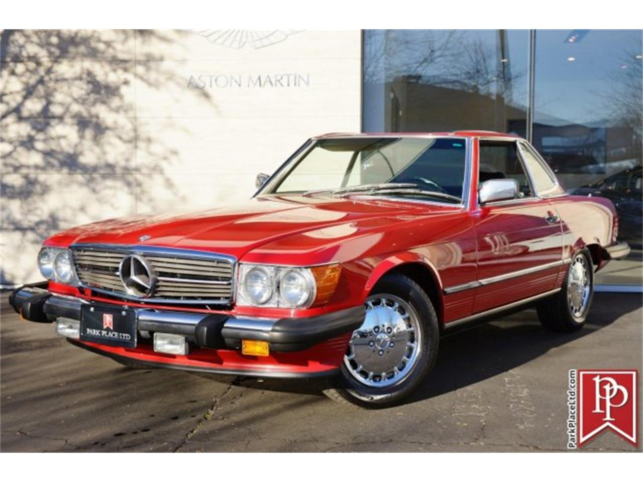 Large Picture of '86 Mercedes-Benz 560SL Offered by Park Place Ltd - FOLE