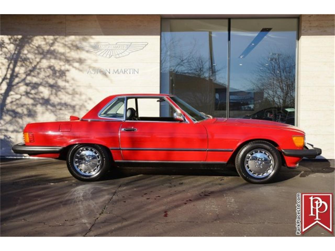 Large Picture of 1986 Mercedes-Benz 560SL Offered by Park Place Ltd - FOLE