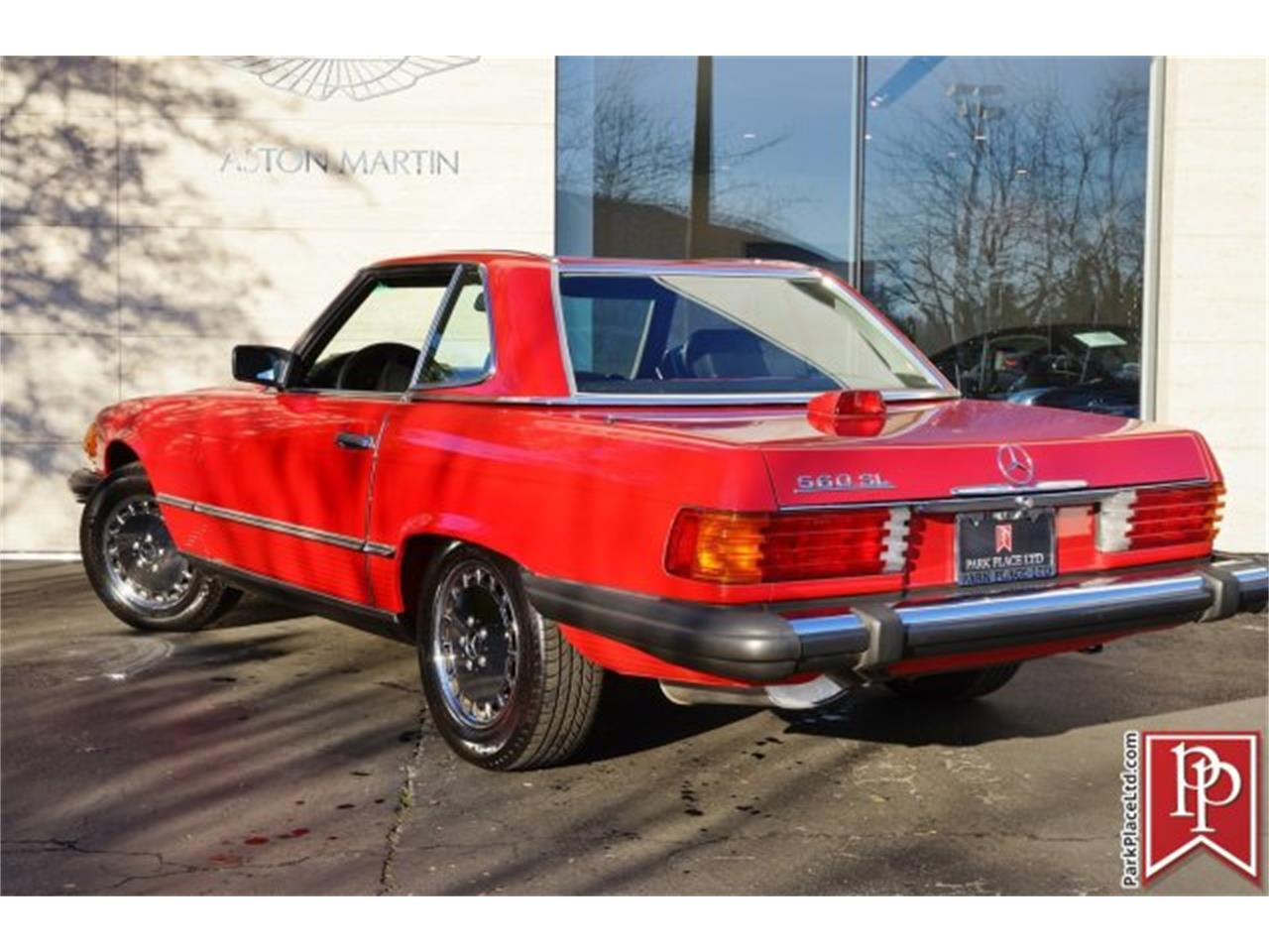 Large Picture of '86 560SL located in Bellevue Washington - $13,950.00 Offered by Park Place Ltd - FOLE