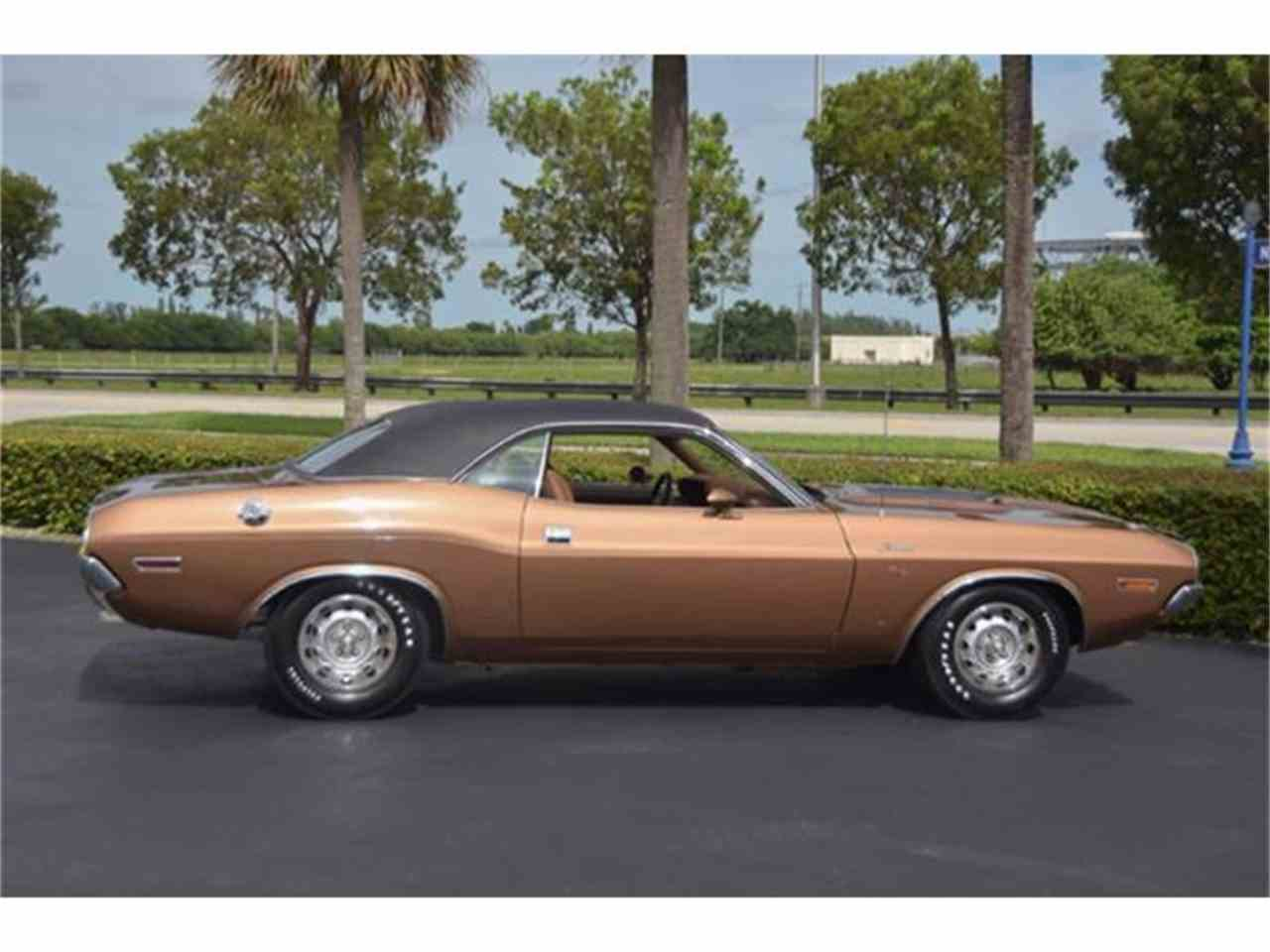 Large Picture of '70 Challenger R/T - FOMW