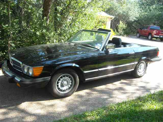 Picture of 1982 380SL located in Texas - $10,950.00 Offered by a Private Seller - FONQ