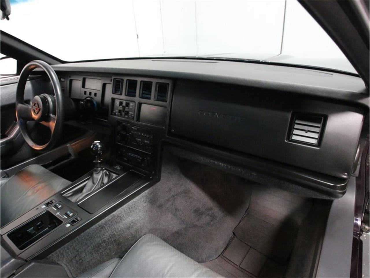 Large Picture of 1985 Chevrolet Corvette Offered by Streetside Classics - Atlanta - FPQQ