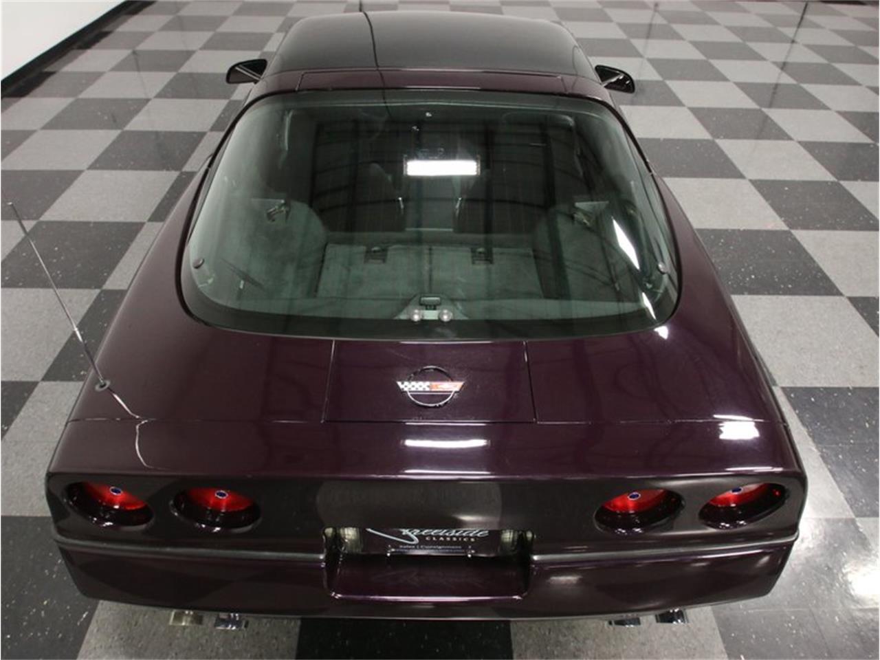 Large Picture of '85 Chevrolet Corvette - FPQQ