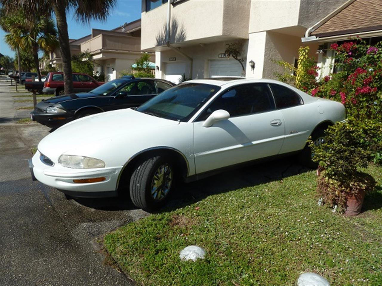 Large Picture of '99 Riviera - FQA9